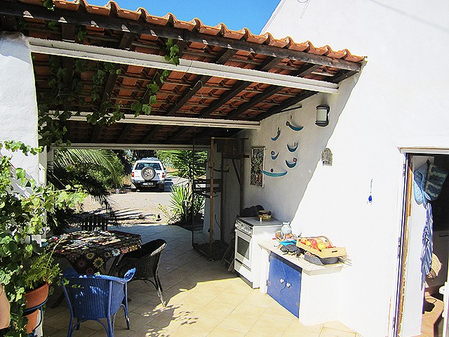 Countryhouse_for_sale_near_Monchique_Algarve_Portugal_large
