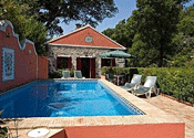 Cottage with pool in monchique