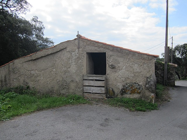 Monchique_Real_Estate_ruin_for_sale_close_to_Marmelete_large