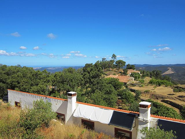 Villa_for_sale_near_Monchique_Portugal_large