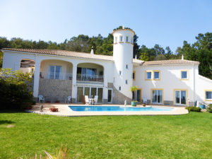 Real Estate Monchique countryside villa with pool for sale